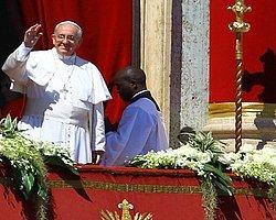 Papa'dan Suriye Ve Ukrayna Mesajı