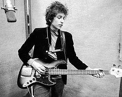 Travis ve Bob Dylan İstanbul'a Geliyor!