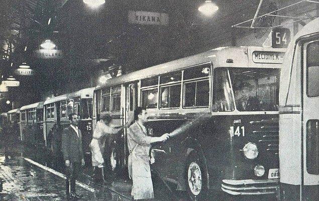 50 li yıllarda Şişli garajı ve Büssing otobüsler.
