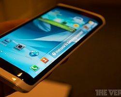 Samsung Galaxy S6'Da Ve Note 5'Te Bükülebilir Ekran Mı Kullanacak?