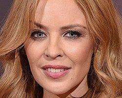 Kylie Minogue'a Playback Eleştirisi