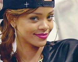 Rihanna'nın Instagram'ı Silindi!