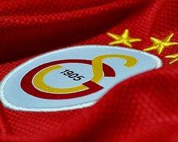 Galatasaray Uçağında Fenerbahçe'ye Küfür