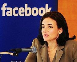 Facebook'un 2 Numarası Servetinin Yarısını Bağışladı