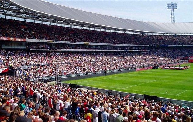 19. Feyenoord Rotterdam