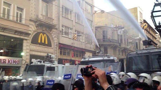 24. Polis gaz bombası ve TOMA haricinde bir eğitim almış olmalıydı