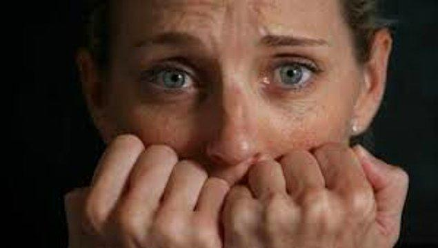 25-) 30 yaş sendromuna girip kendisine kısmet bulmaya gelen hanım hanımcık tipli kadınlar.