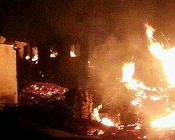 Sinop'ta Çıkan Yangında Köydeki 45 Hanenin 31'i Yandı