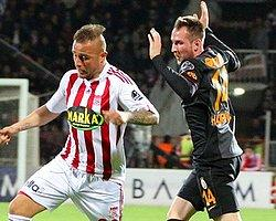 Bursaspor'un Yeni Transferi Aydın Karabulut Kente Geldi