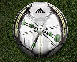Adidas'ın Akıllı Topu İle Dünya Kupası Ayağınızda
