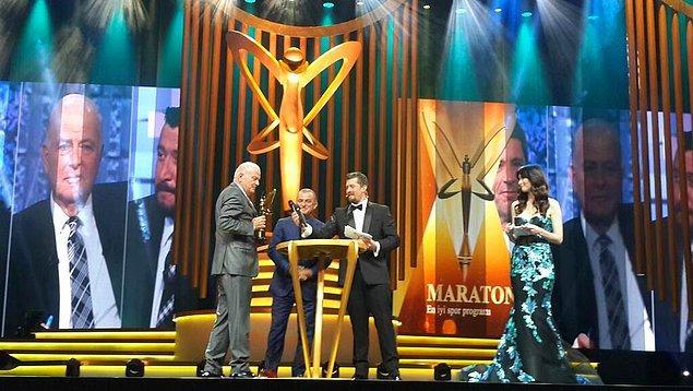 En iyi spor programı: Maraton / Şansal Büyüka Ödülü Fatih Terim'in elinden aldı