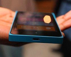 Nokia Yeni Android'li Telefonunu Tanıtmaya Hazırlanıyor