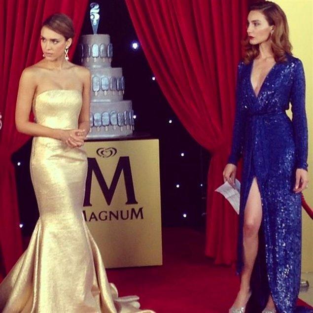 Jessica Alba ve Ece Sukan