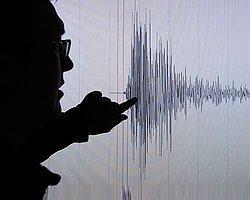 Alaska'da 8 Büyüklüğünde Deprem!