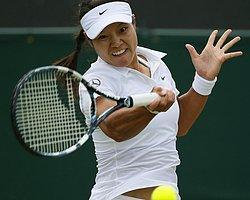 Li Na, Wimbledon'a Üçüncü Turda Veda Etti