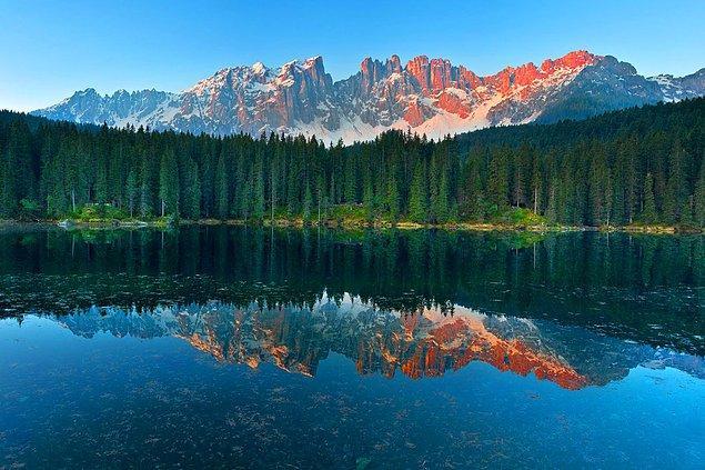 16. Carezza Gölü, İtalya