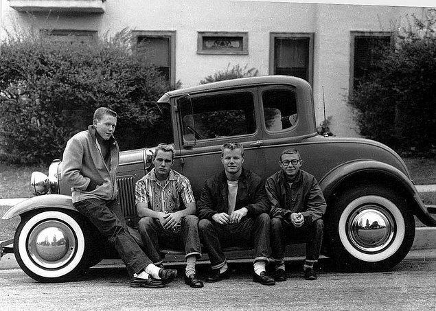 13. Ergenler ve ilk arabaları (1950'ler)