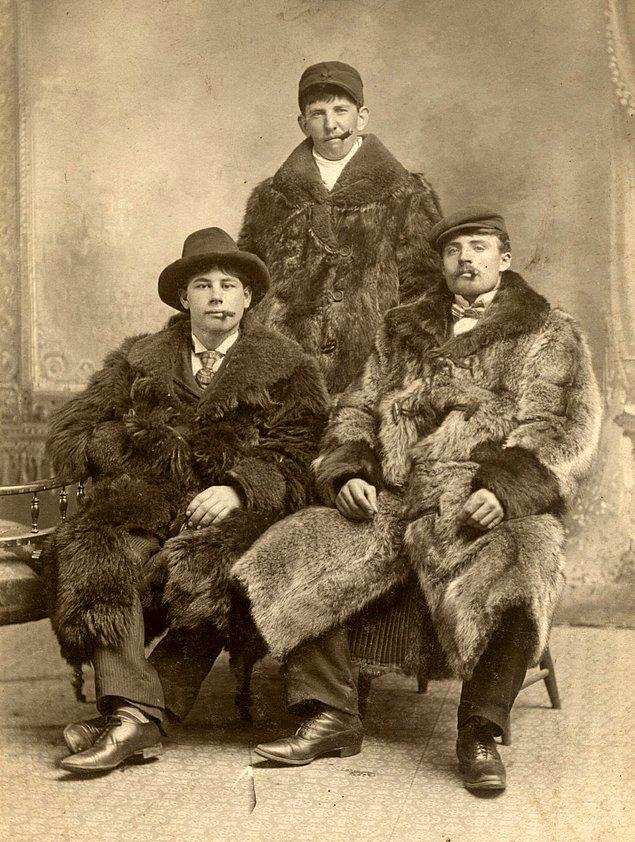 19. 1900'lerin başında bir aile fotoğrafı