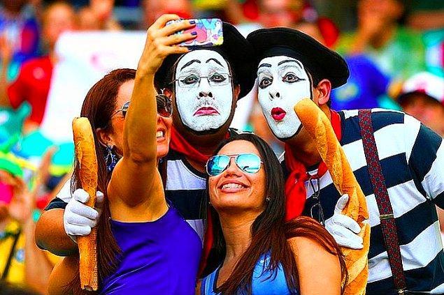 4. Nimetle Selfie olmaz..