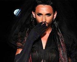 Sakallı Kadın Artık Moda Fenomeni!