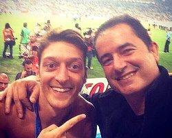 Acun Ilıcalı ile Mesut Özil'in Şampiyonluk Kutlaması