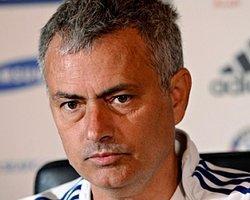 Mourinho Sevinçten Uçuyor