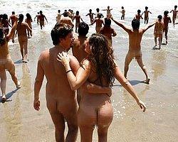 İspanya'da Herkes Denize Çıplak Girecek!