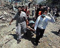 İsrail Hastane Vurdu