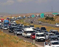 Bolu'da 20 Kilometrelik Araç Kuyruğu