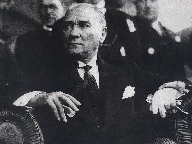 7. Beğeni artsın diye Atatürk'ün veya Erdoğan'ın fotoğrafını paylaşmak