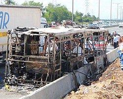 Dört Kişinin Öldüğü Otobüs Yangınında Şirket Başka Söylüyor Yolcu Başka