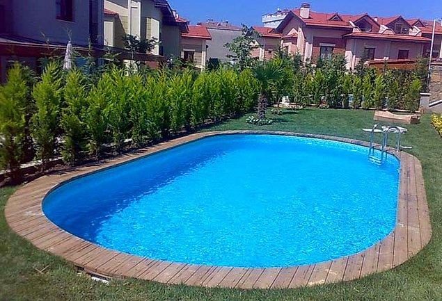 Bir insan yaşamı boyunca iki yüzme havuzunu dolduracak kadar tükürük salgılar.