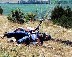 Tokat Valisi Yamaç Paraşütü ile Uçmak İsterken Yuvarlandı