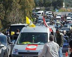 Selahattin Demirtaş'ın Konvoyuna Silahlı Saldırı