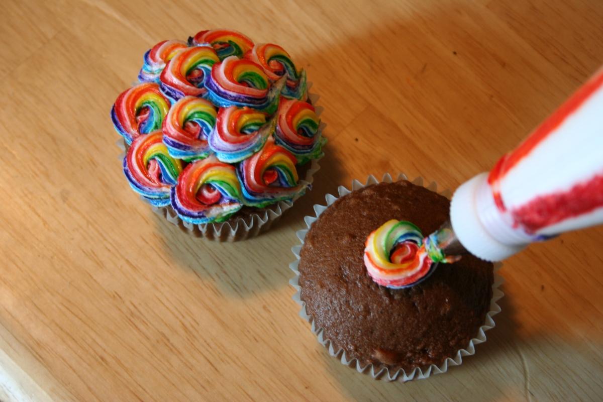 Крем для украсить кексы на детский праздник