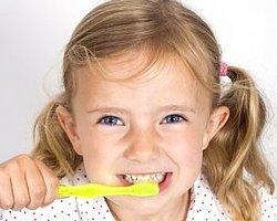 Bebek ve Çocuklarda Süt Dişlerinin Korunması