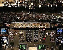Bakan'ın Uçağında Büyük Panik