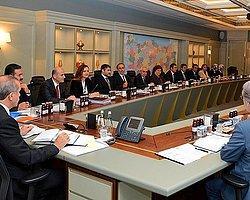 Ak Parti MKYK 'Yol Haritası' İçin Toplandı