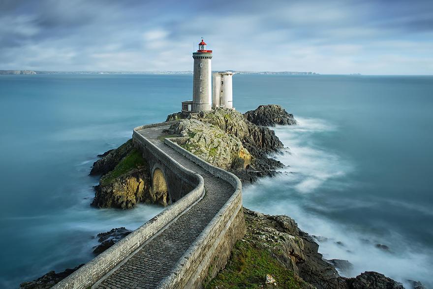 Heybetiyle Sizi Büyüleyecek 26 Efsane Deniz Feneri