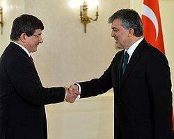 Cumhurbaşkanı Gül Davutoğlu'nu Tebrik Etti
