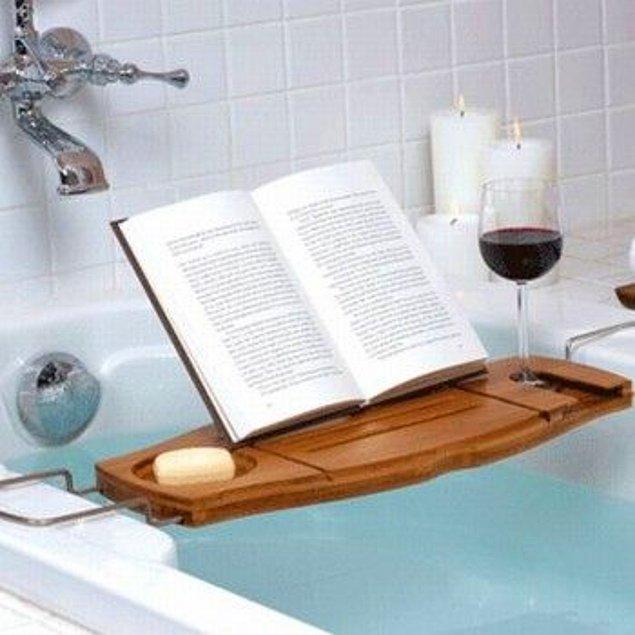 10. Banyoda okumayı sevenler için...