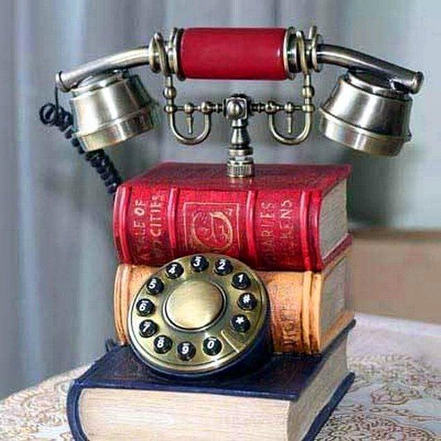 18. Dekoratif retro telefon