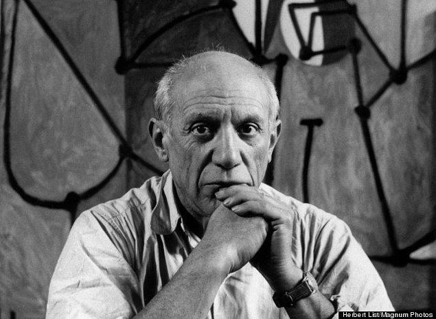 """9. """"Sadece iki kadın tipi vardır, tanrıçalar ve paspaslar."""" - Pablo Picasso"""