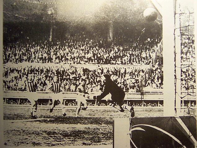 8. Ağları deldiği efsane Fenerbahçe karşılaşması.