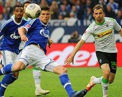 Schalke'yi Fena Dağıttılar
