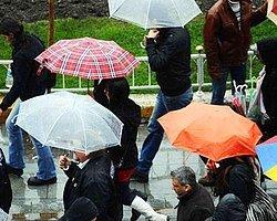 Meteoroloji Genel Müdürlüğü, yurdun iç kesimlerinde gök gürültülü sağanak yağışın etkili olacağı uyarısında bulundu.