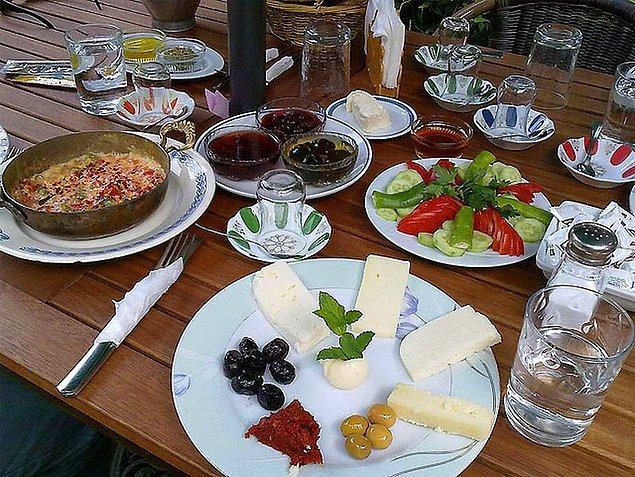 24. Türk kahvaltısı