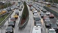 İstanbul'da Sağanak Yağış Trafiği Kilitledi