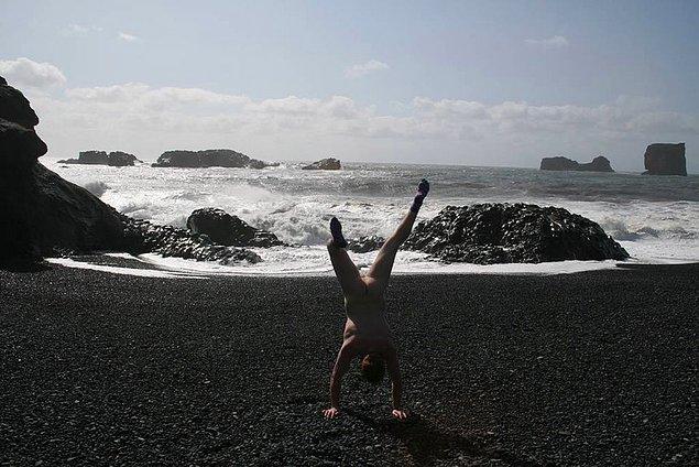 16. İzlanda