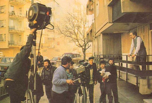 """20. """"Bizimkiler""""den bir kamera arkası karesi."""